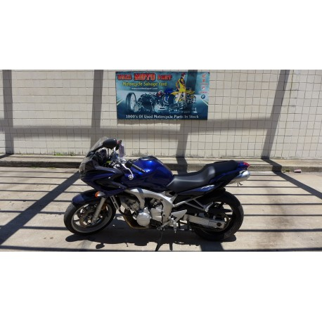 2004 SUZUKI FZ6R FOR PARTS WITH 4K MILES ON IT GREAT RUNNING ENGINE