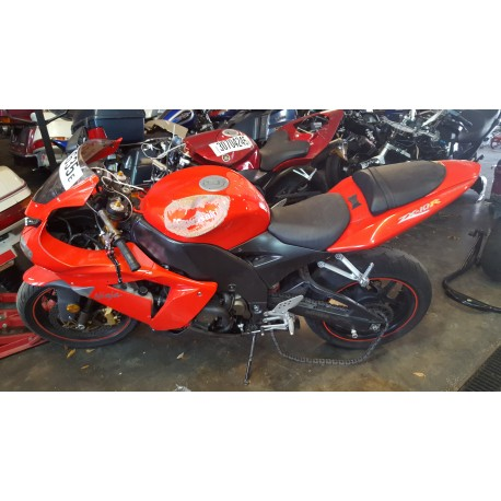 2005 KAWASAKI NINJA ZX 10 ZX0 FOR PARTS